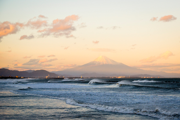 Shizuoka-Bay-Japan-Mountain-Fuji-Background-by-Pedro-Gomes-PED_7365